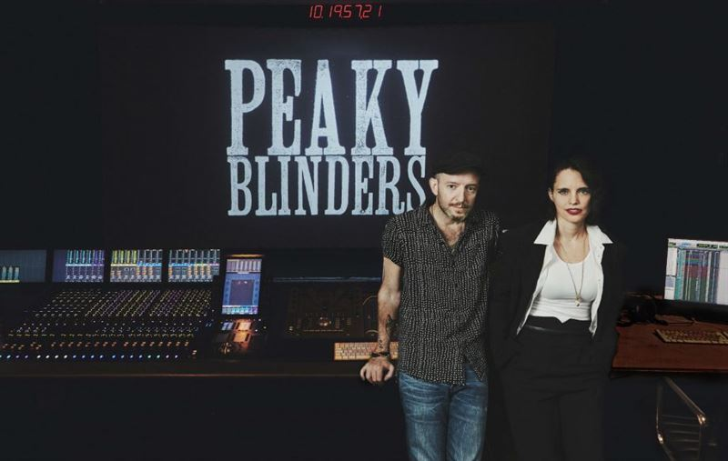 "Anna Calvi comparte ""You're Not God"", canción incluida en la BSO de Peaky Blinders"