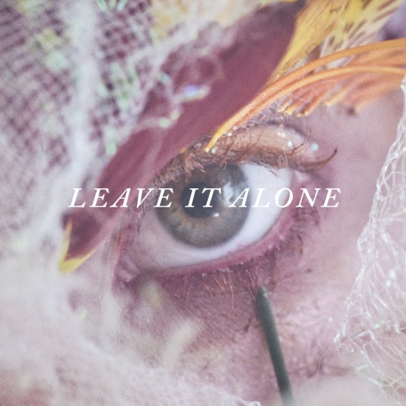 """Hayley Williams – """"Leave It Alone"""""""