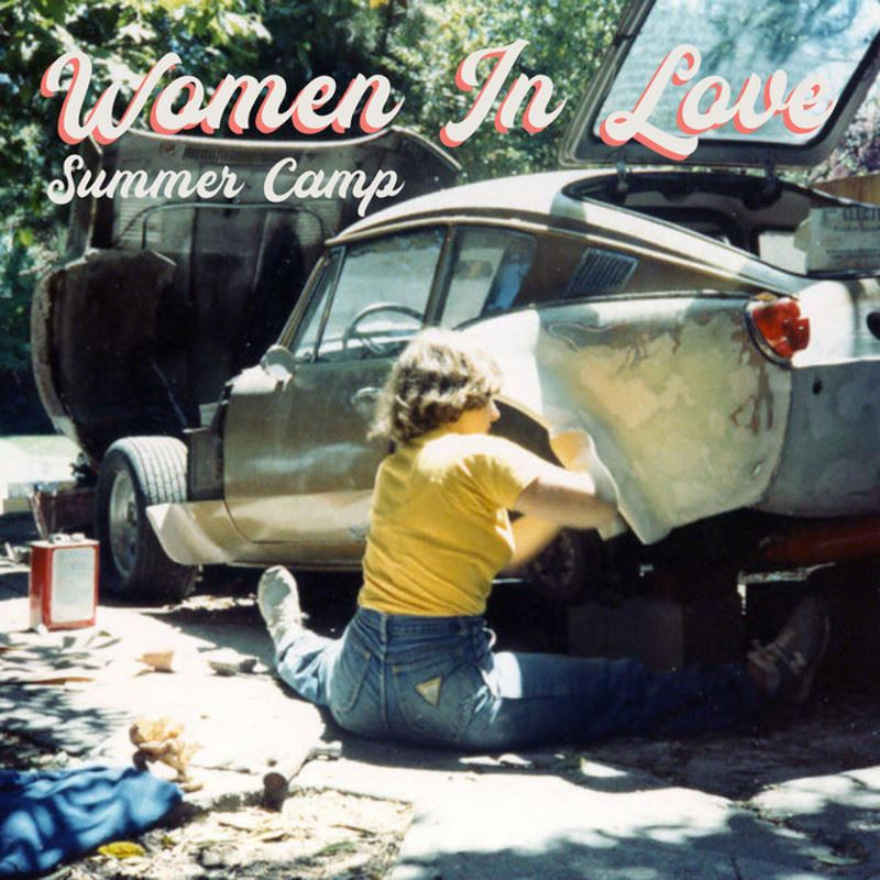"Summer Camp anuncian nuevo álbum y comparten ""Women In Love"""